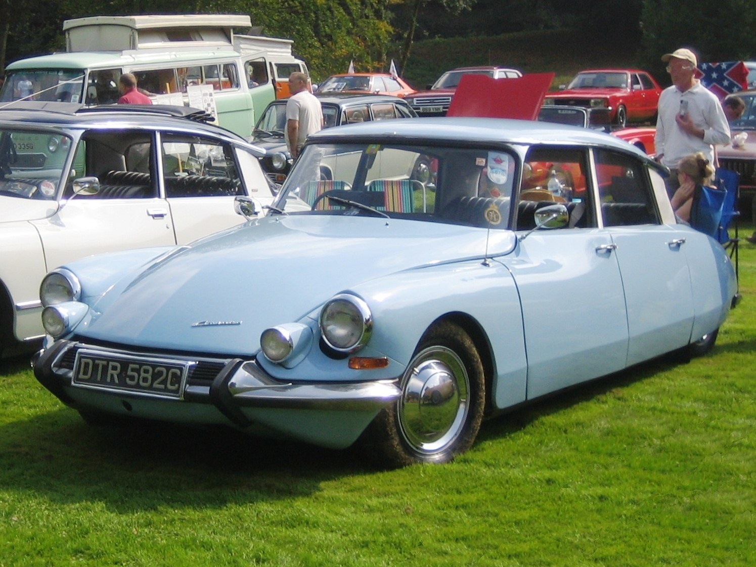 1965 citroen ds19 information and photos momentcar citroen ds19 1965 8 vanachro Image collections