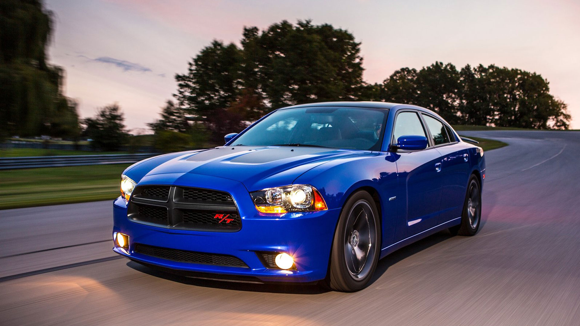 2013 dodge charger - information and photos - momentcar