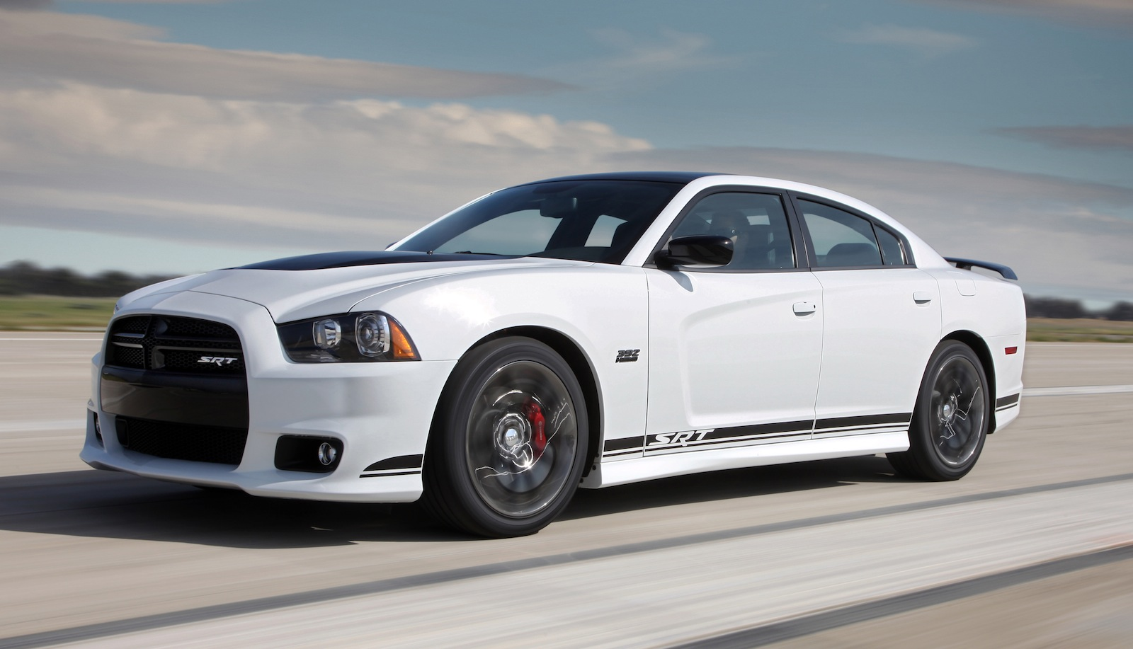2014 dodge charger - information and photos - momentcar