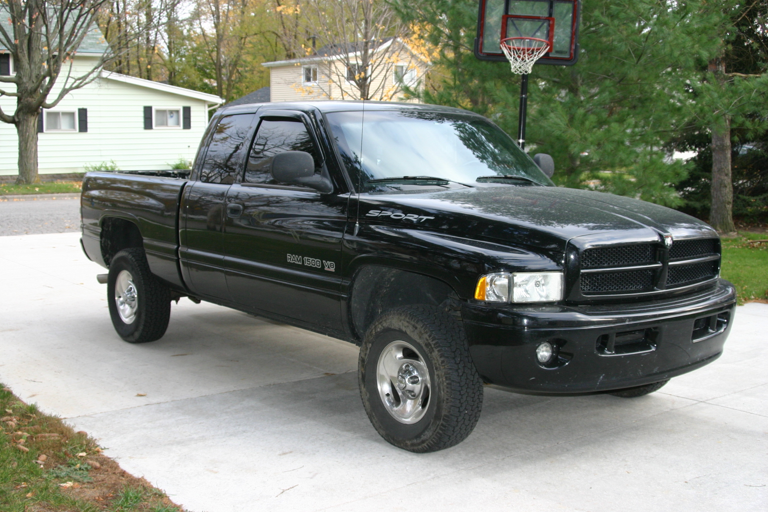 2006 Dodge Ram Pickup 1500  Information and photos  MOMENTcar