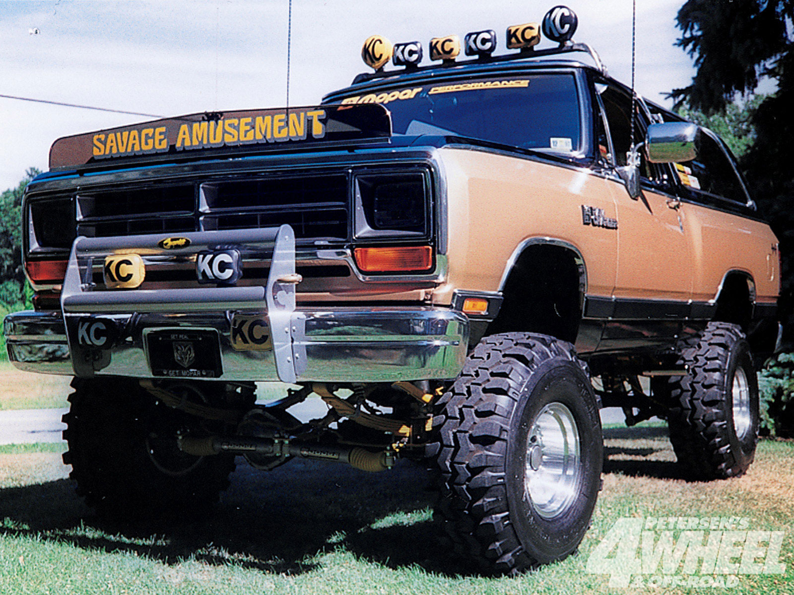 dodge ramcharger 532px image 11 momentcar
