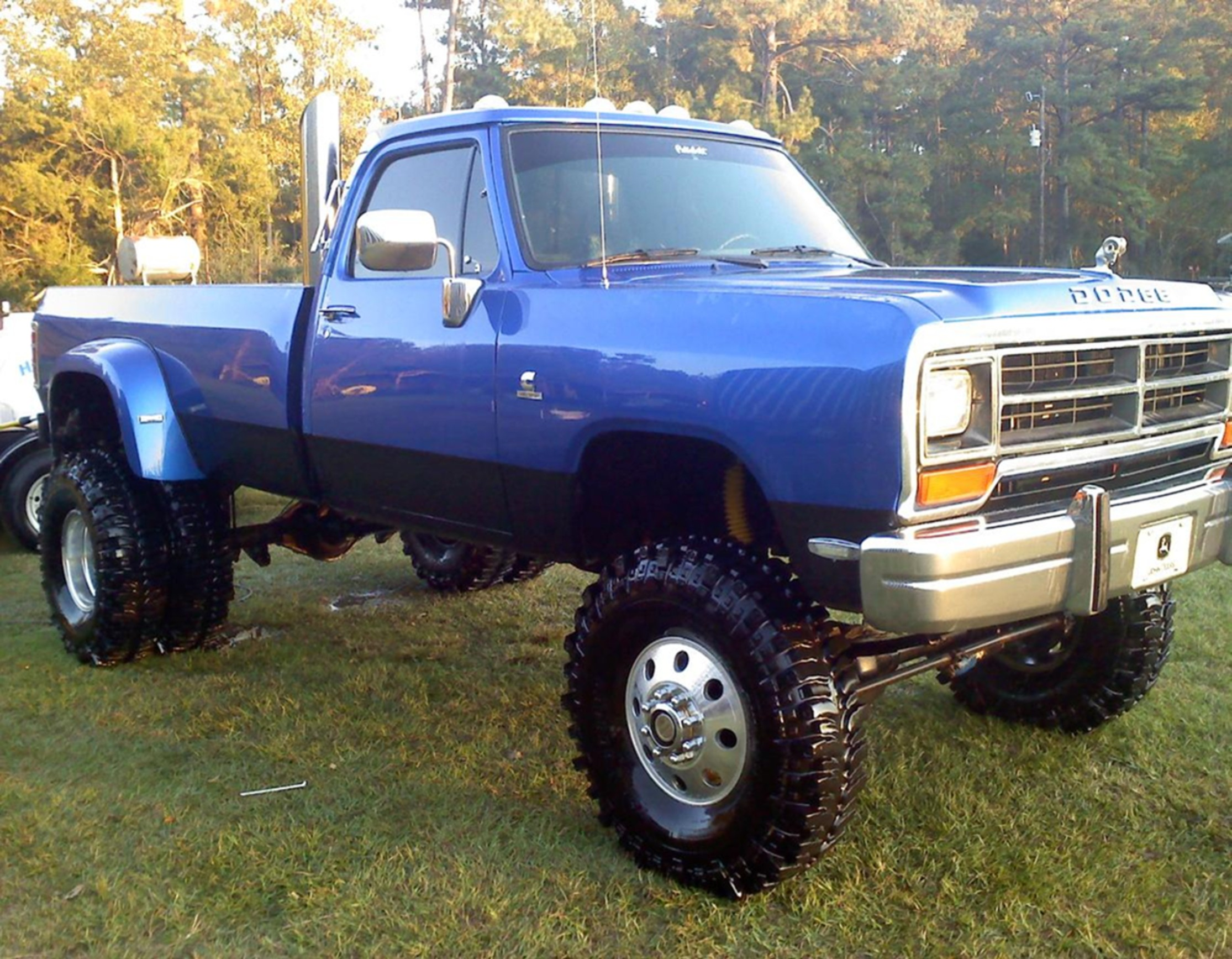 dodge w350 - information and photos