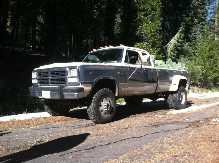 Dodge W350 Information And Photos Momentcar