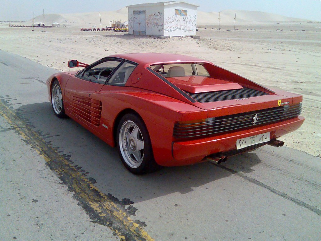 Ferrari Testarossa  Information and photos  MOMENTcar