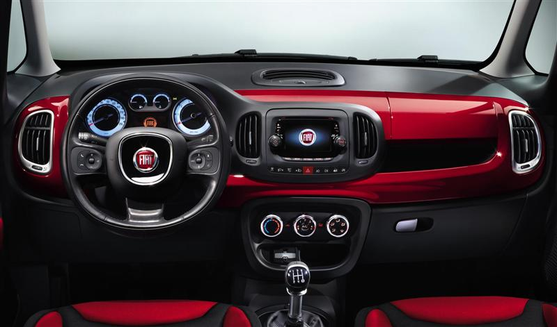 Fiat 2013 500 Hottest Hatchback designed for car enthusiasts #1