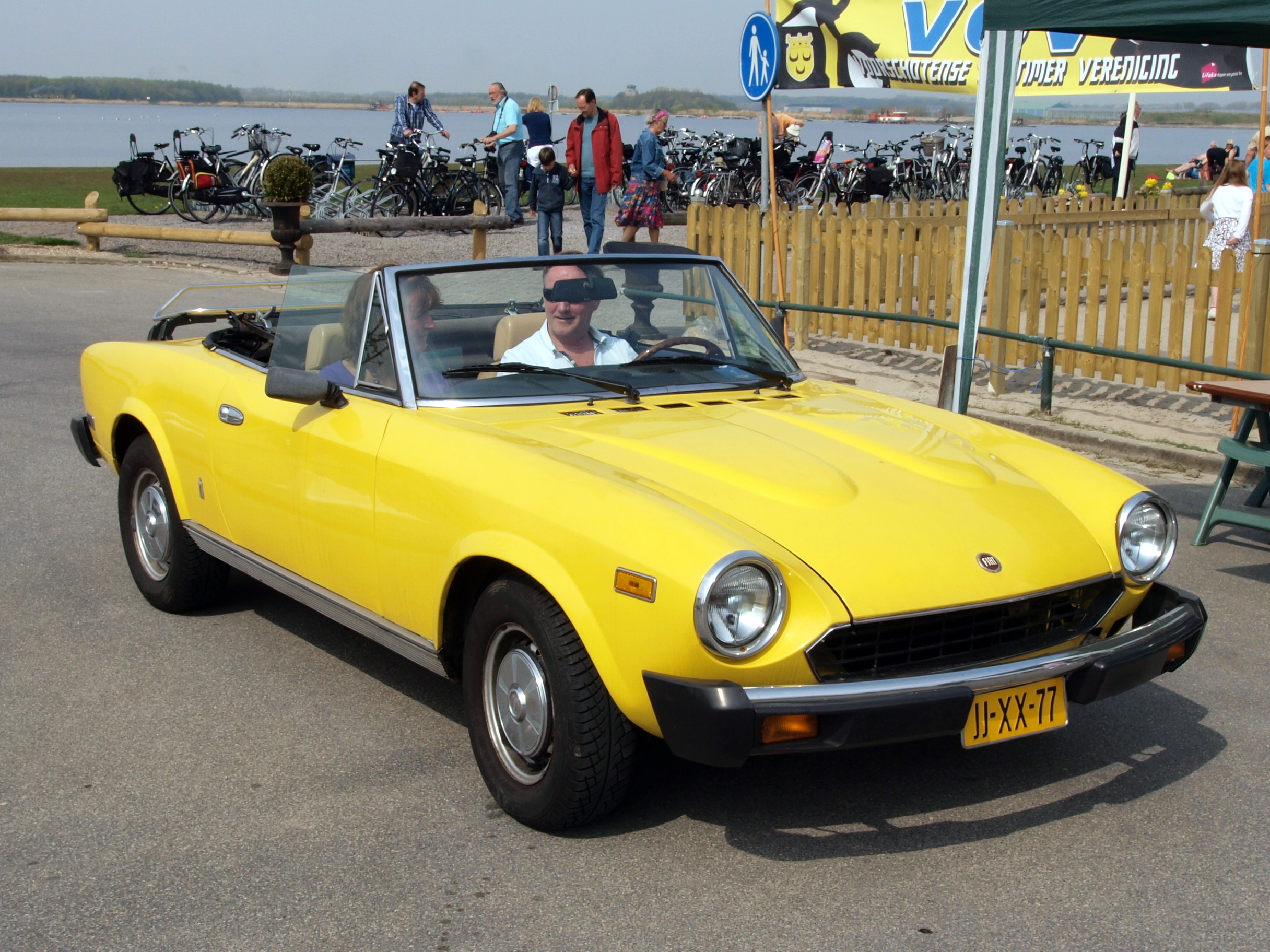 Fiat Spider 2000 Information And Photos Momentcar