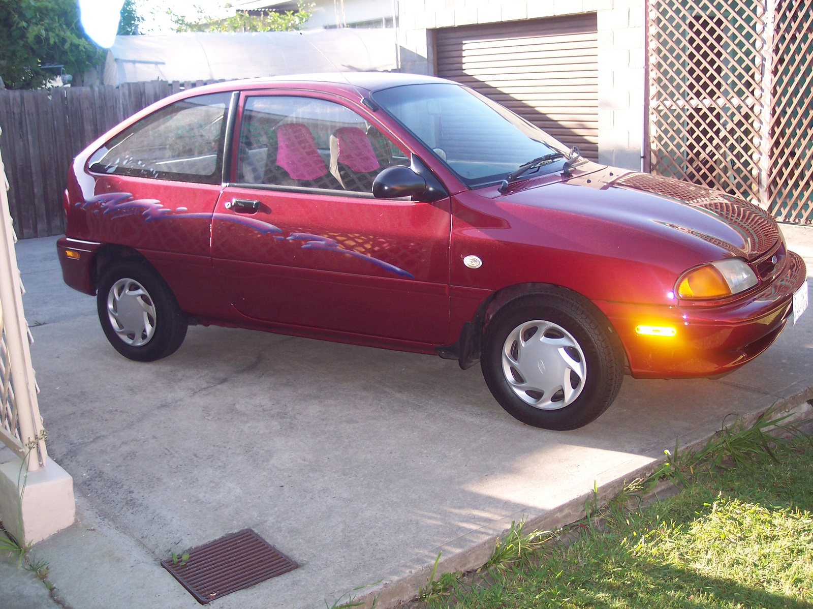 Ford Aspire #10