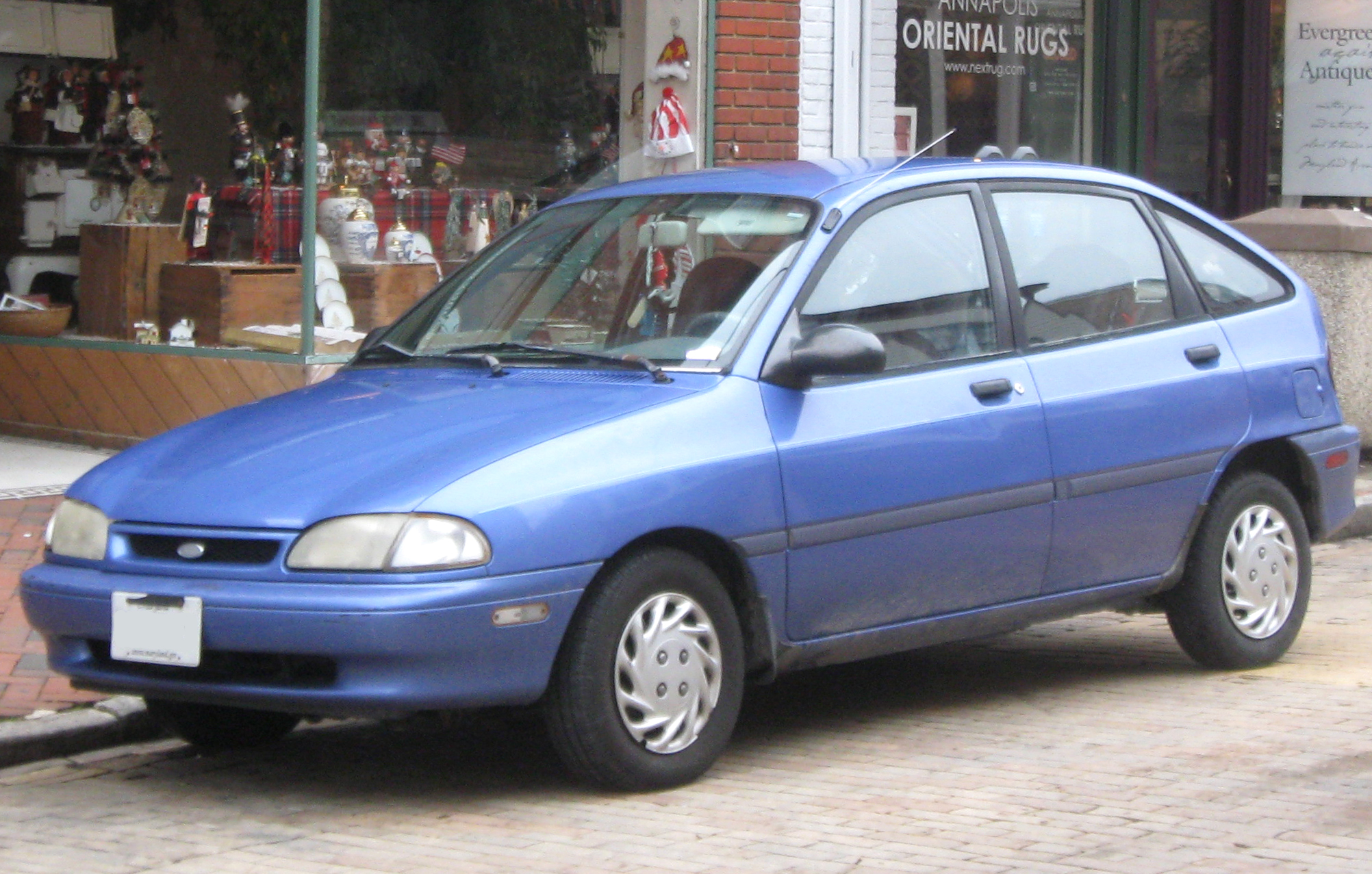 Ford Aspire #5
