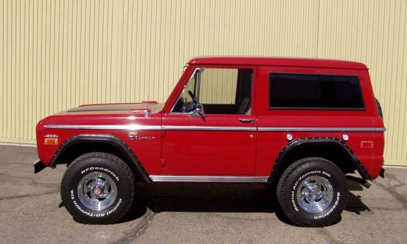 Ford Bronco 49px Image 12