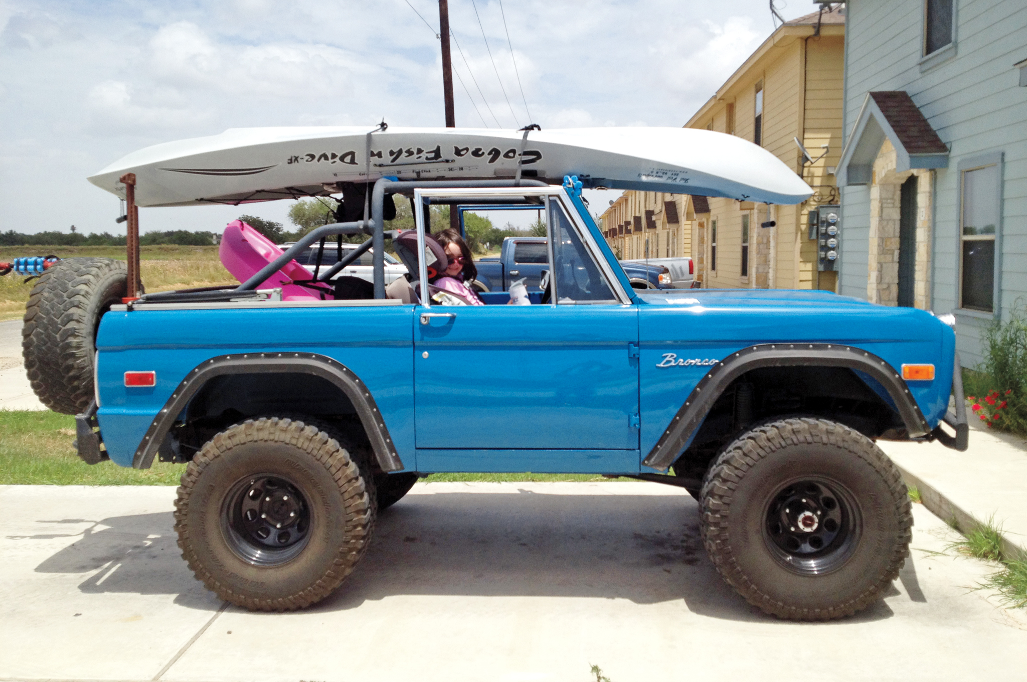 Ford Bronco Classic Broncos With Interesting 1970 Lifted Beautiful Download