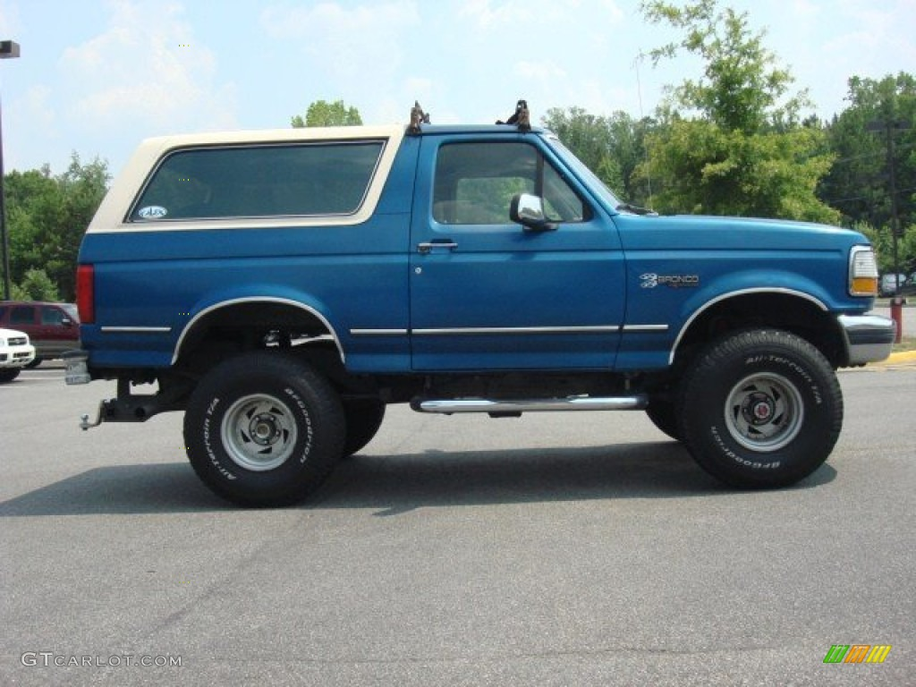 1992 Ford Bronco - Information and photos - MOMENTcar