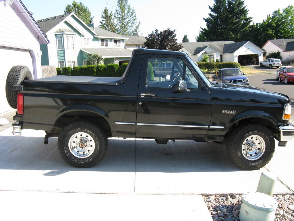 Ford Bronco 218px Image 9