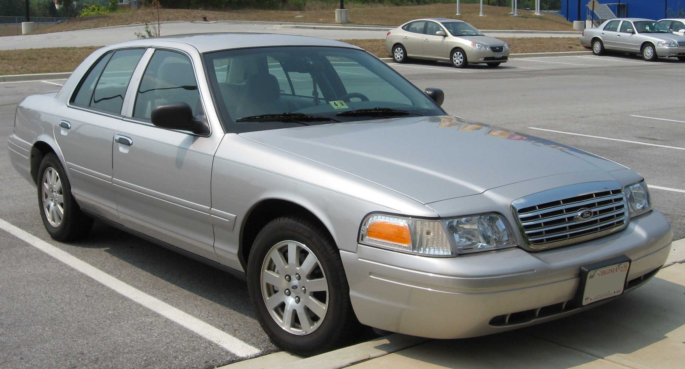 Ford Crown Victoria 2003 #10