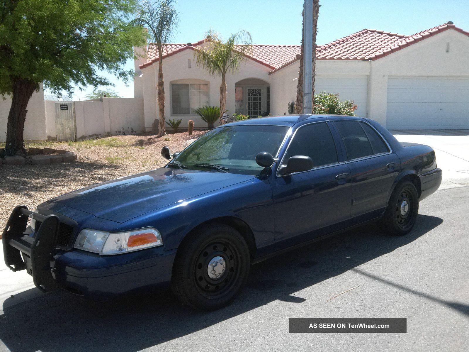Ford Crown Victoria 2006 #9