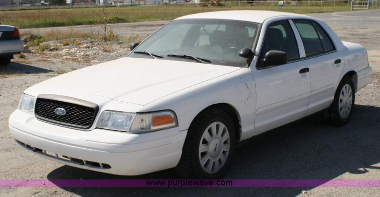 Ford Crown Victoria 2006 #10