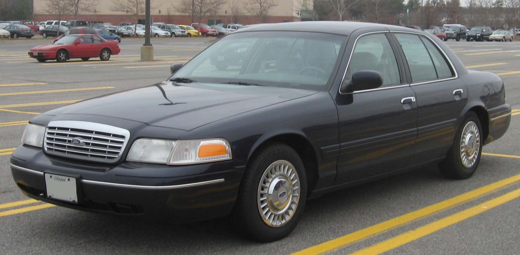 Ford Crown Victoria 2007 #11