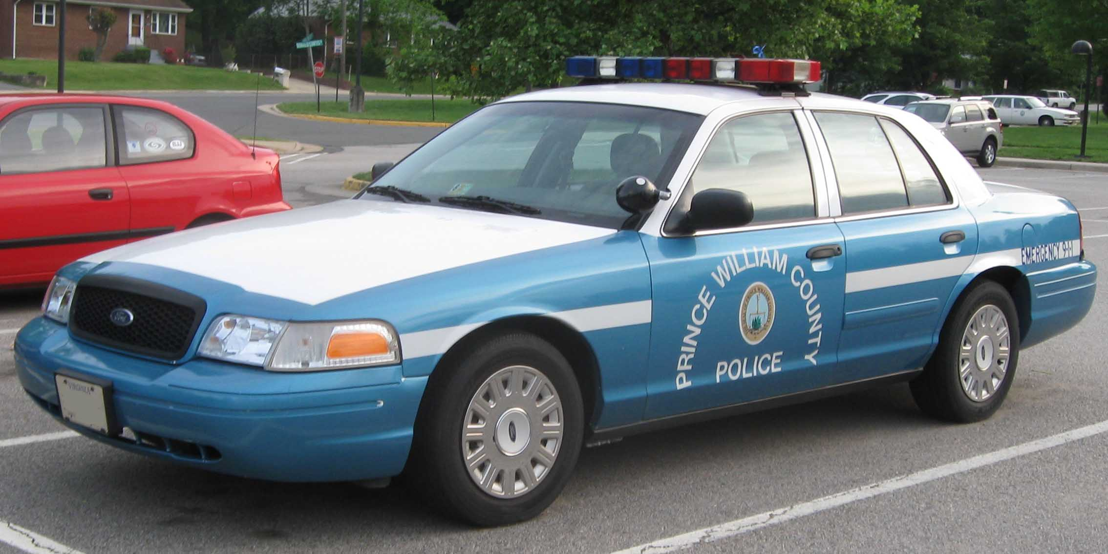Ford Crown Victoria 2009 #3