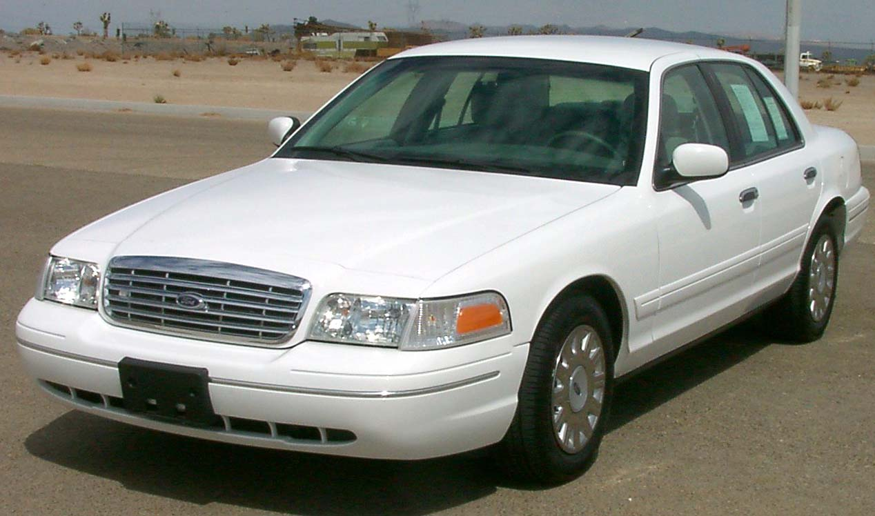 Ford Crown Victoria 2011 #3