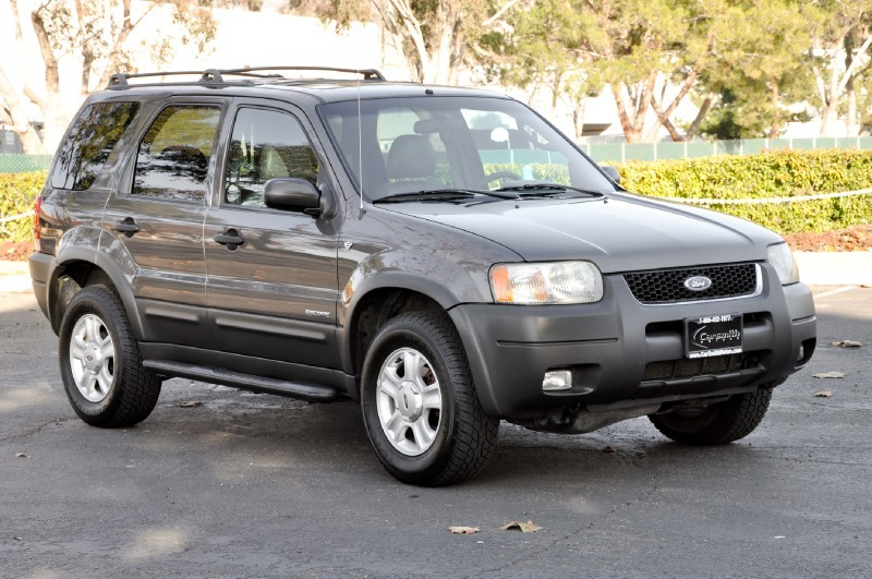 Ford Escape XLT Premium #2