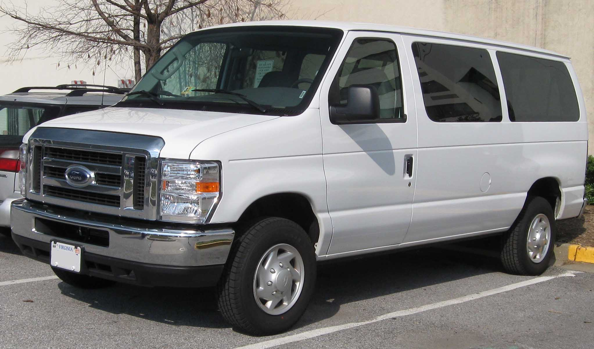 Ford E-Series Van E-250 #1