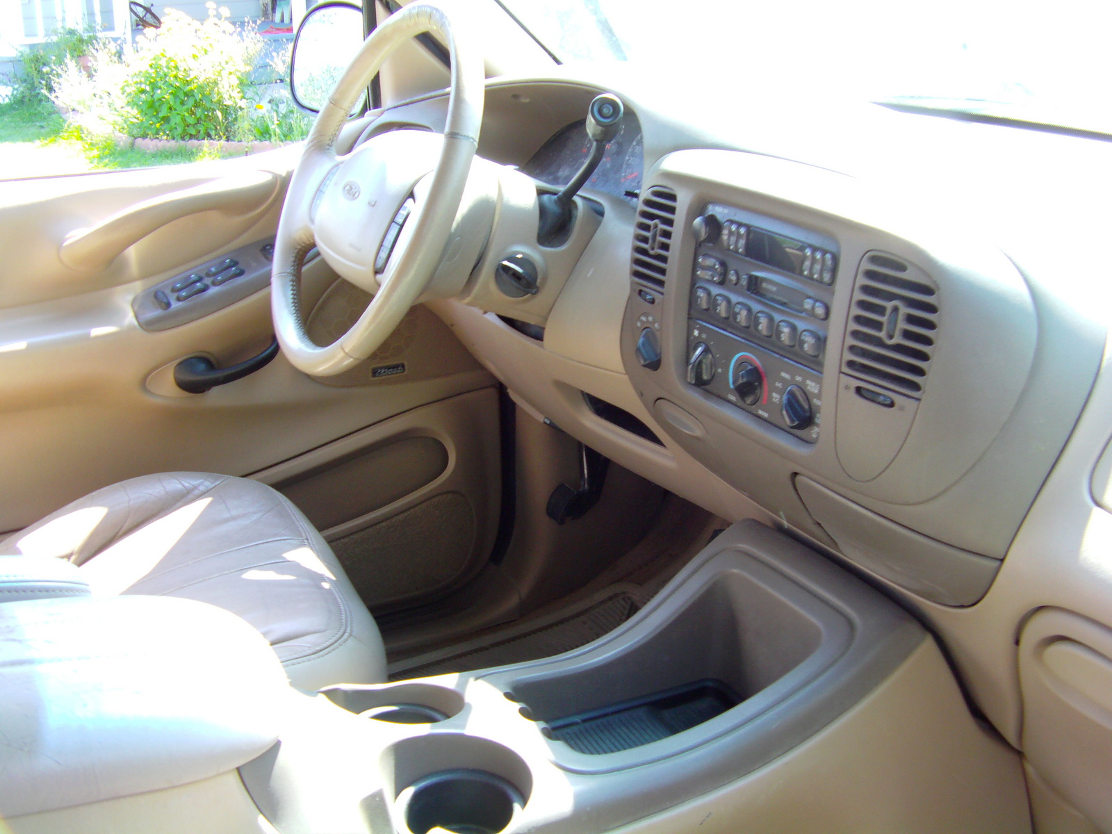 Ford expedition interior affordable ford expedition Ford expedition interior dimensions