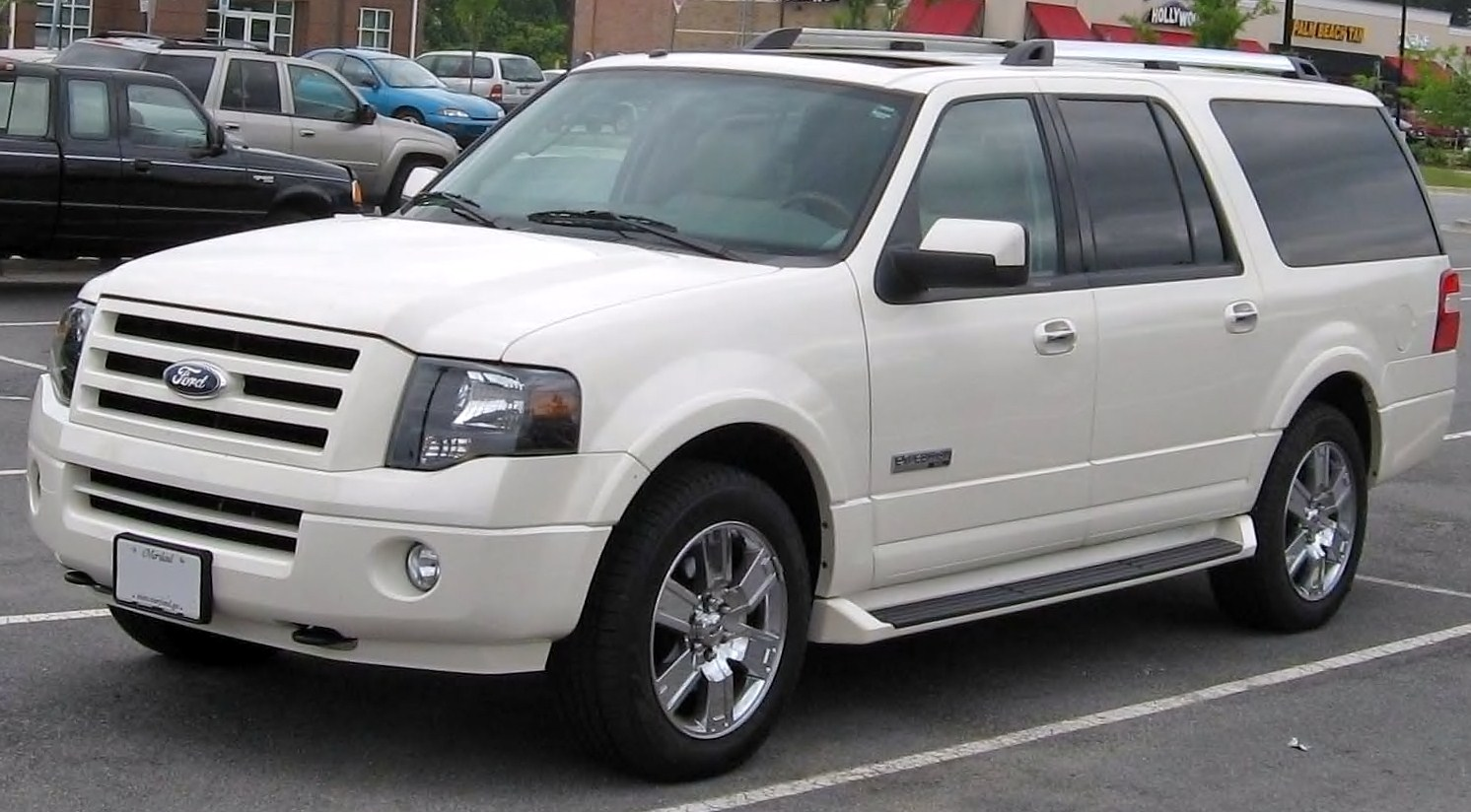 Ford Expedition EL Limited #19
