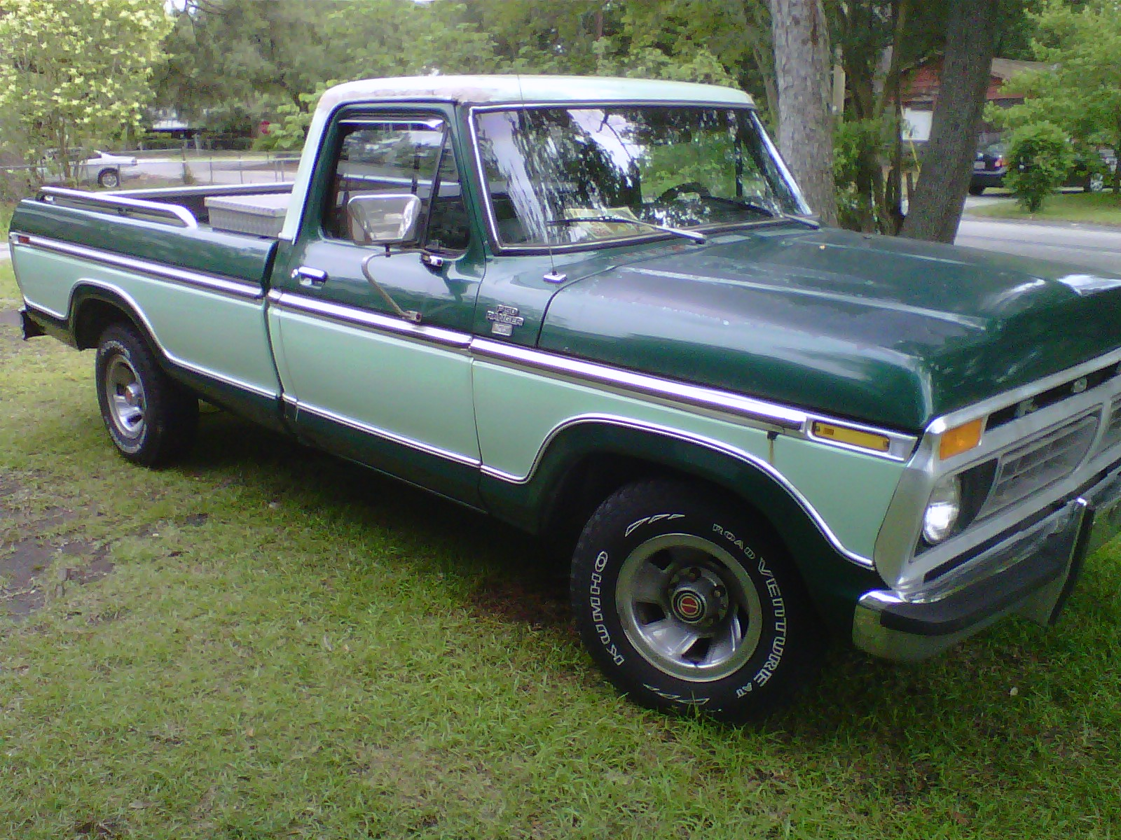 Ford F-250 - The Crittenden Automotive Library