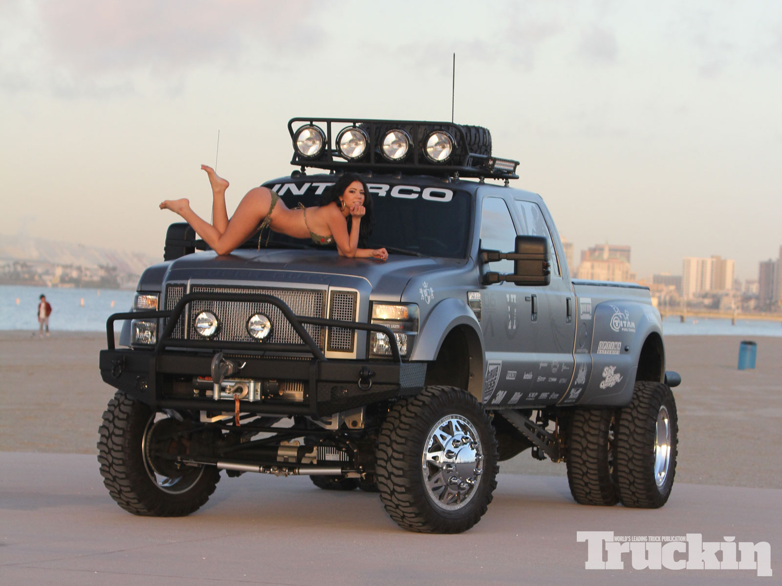 2014 Ford F-450 Super Duty - Information and photos ...
