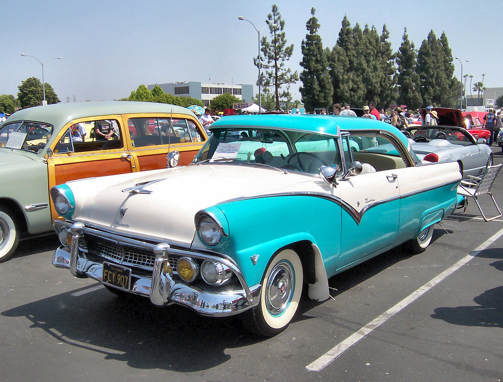 Ford Fairlane Information And Photos Momentcar 1950s Bumper 5