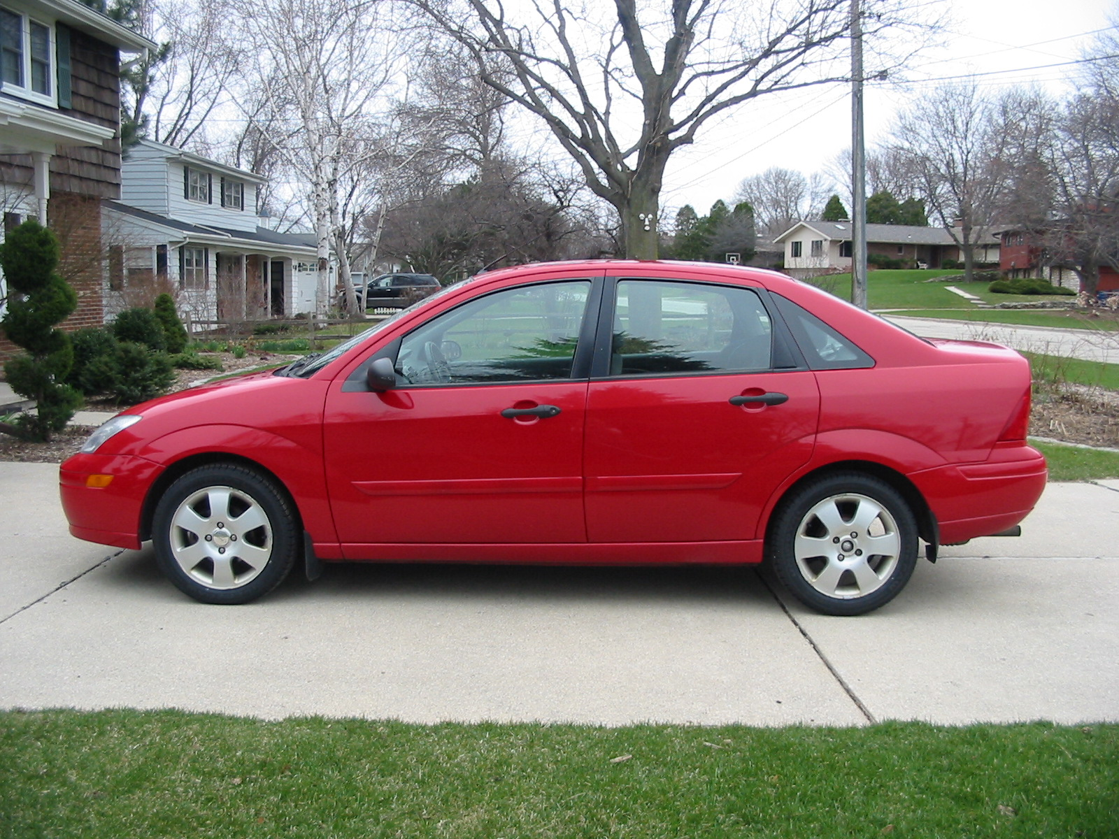 2001 Ford Focus Information And Photos Momentcar