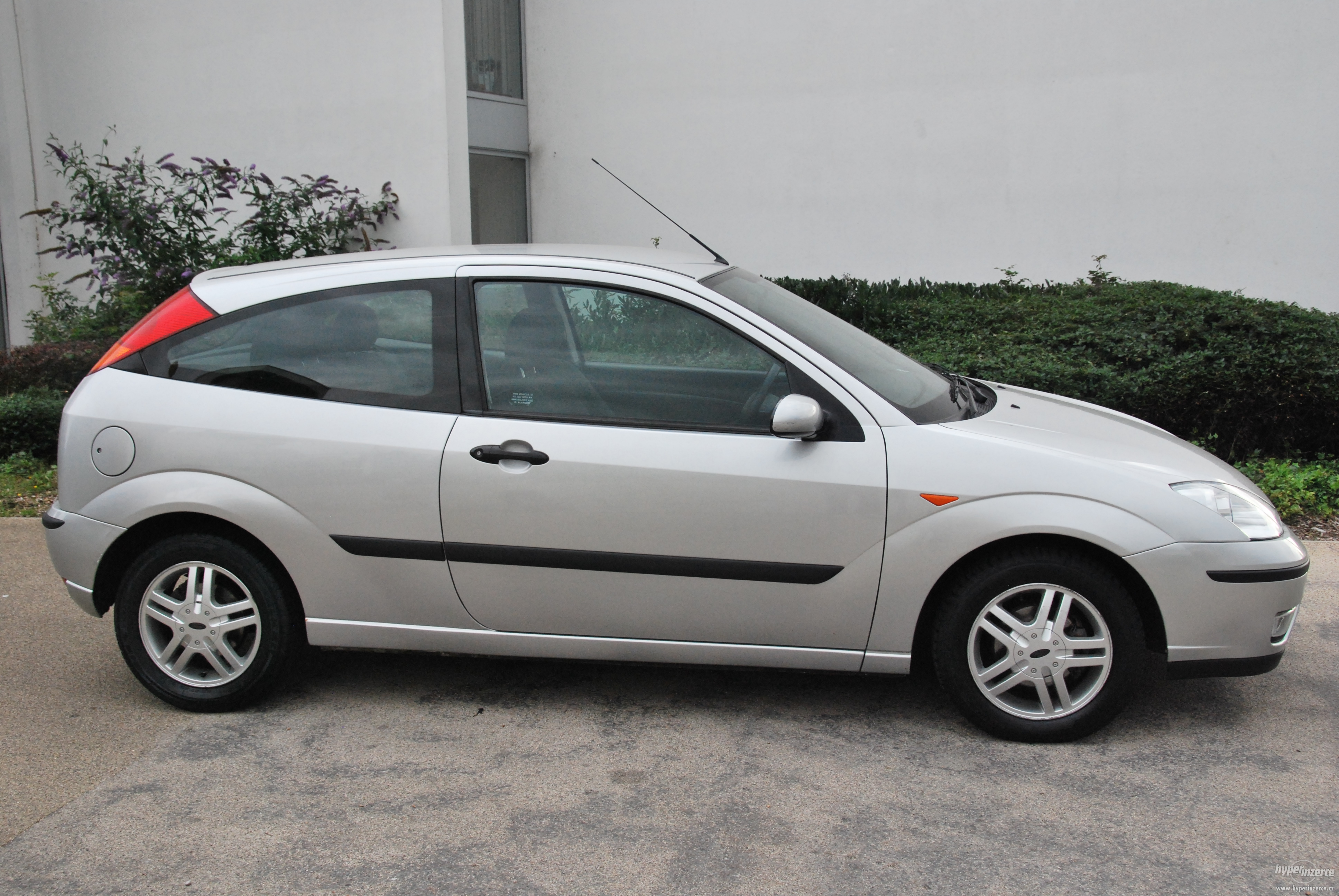 Download ford focus 2004 4 jpg