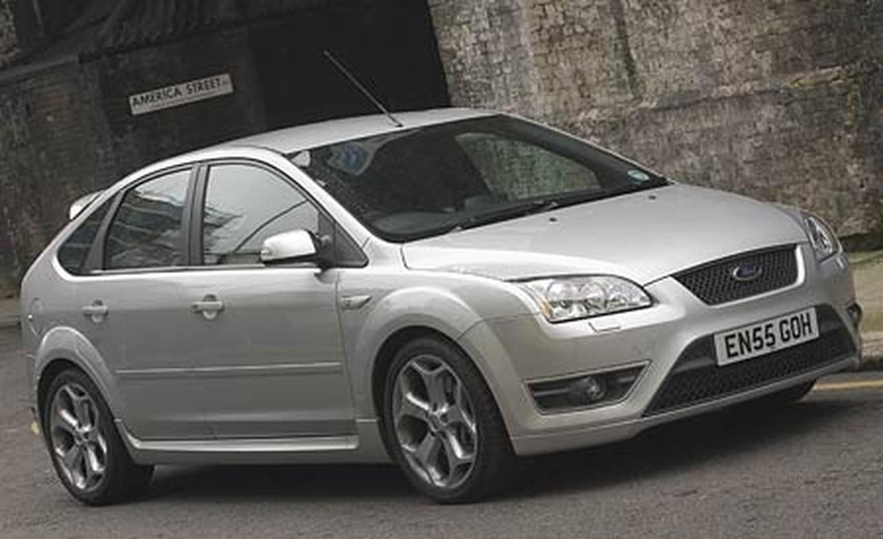 2006 ford focus information and photos momentcar. Black Bedroom Furniture Sets. Home Design Ideas