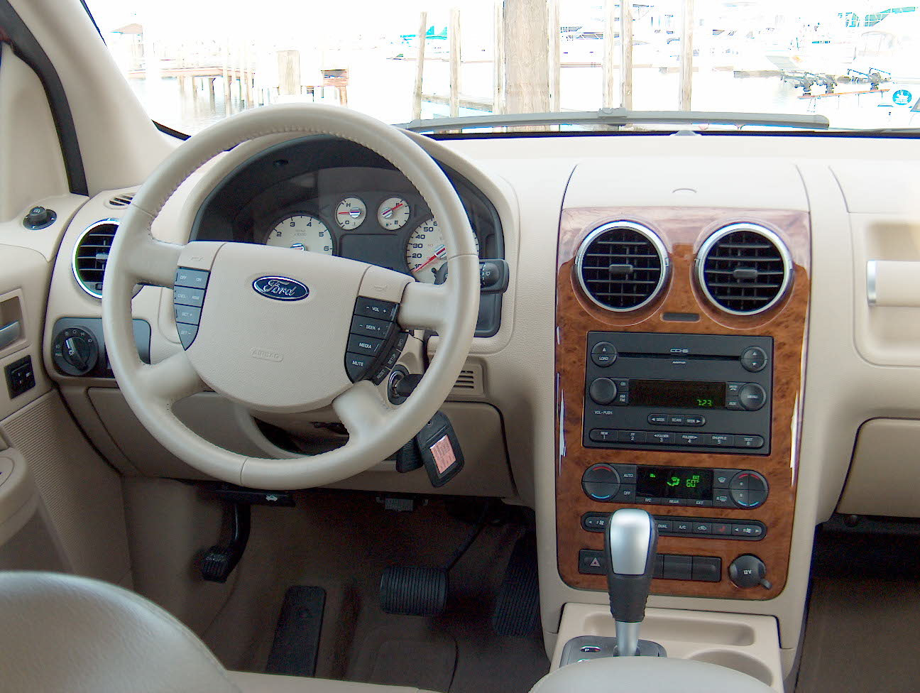 Ford Freestyle 2005 #11
