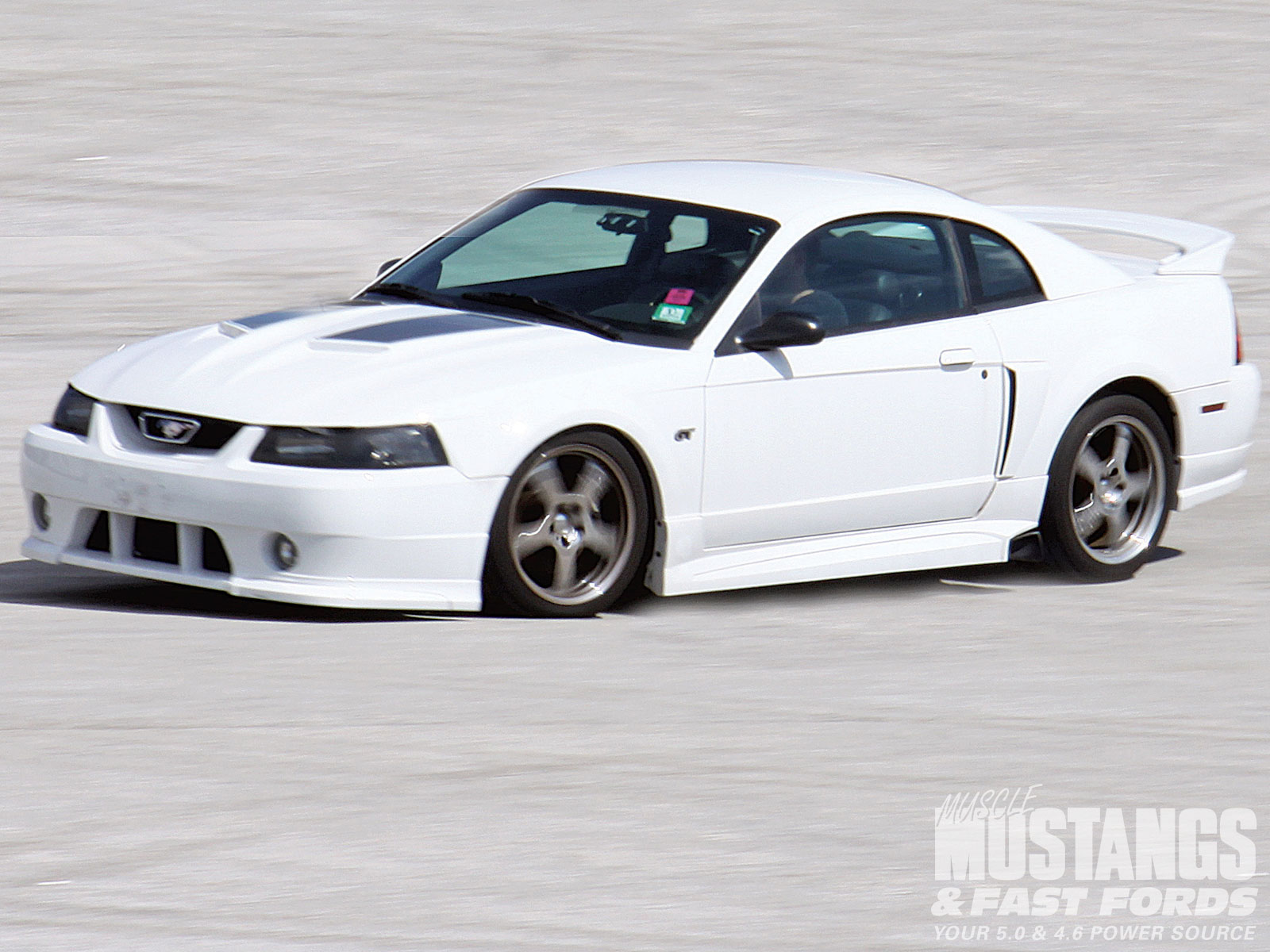 Ford Mustang 2001 #2