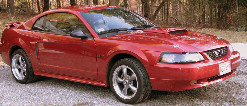 Ford Mustang 2002 #2