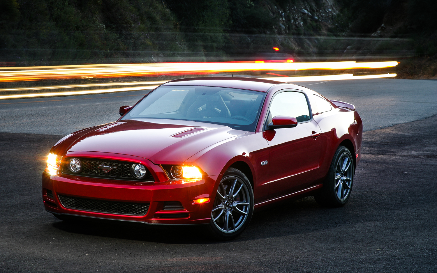 Ford Mustang GT Premium #5
