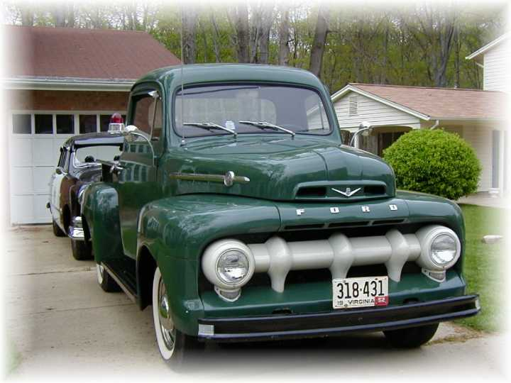 Hybrid Pickup Trucks >> 1944 Ford Pickup - Information and photos - MOMENTcar
