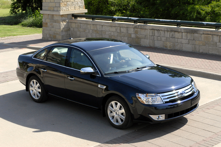 2008 ford taurus information and photos momentcar. Black Bedroom Furniture Sets. Home Design Ideas
