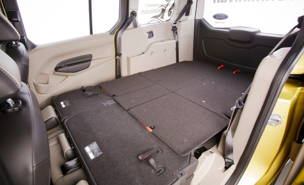 Ford Transit Connect Wagon XL #16
