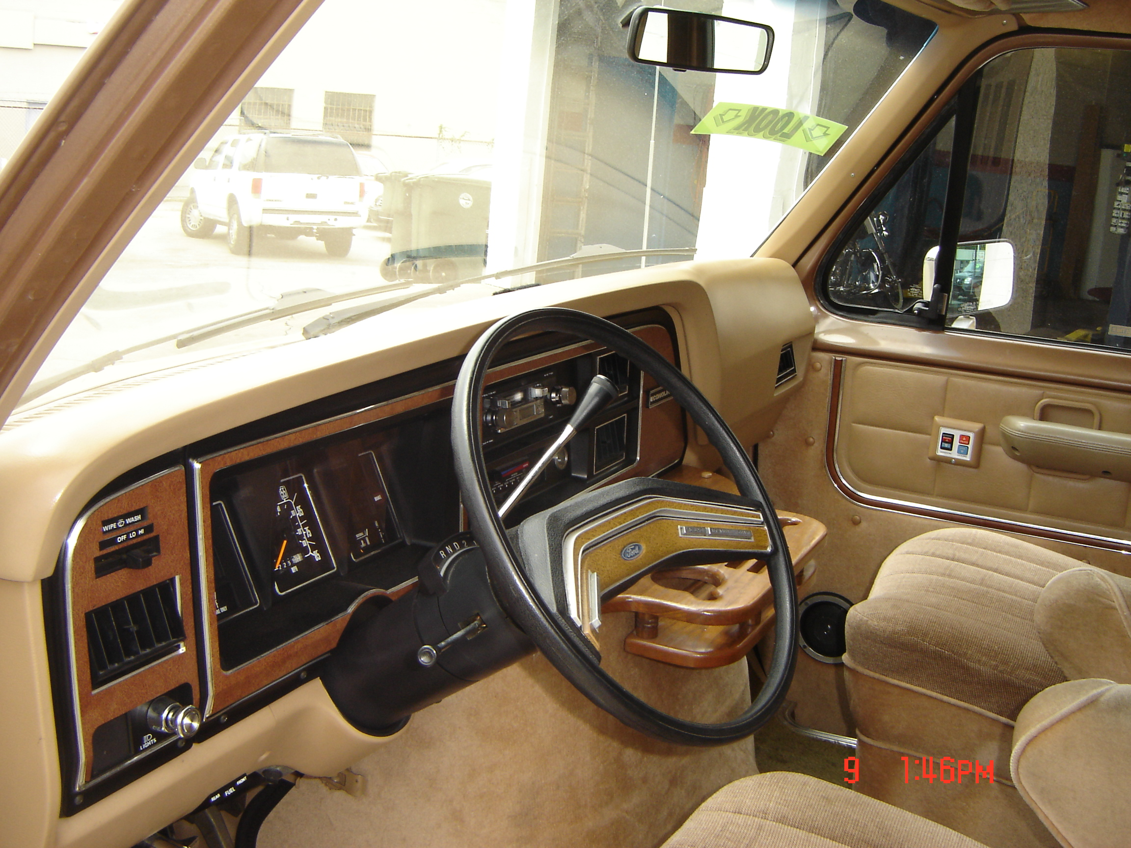 Ford Expedition El >> 1985 Ford Van - Information and photos - MOMENTcar