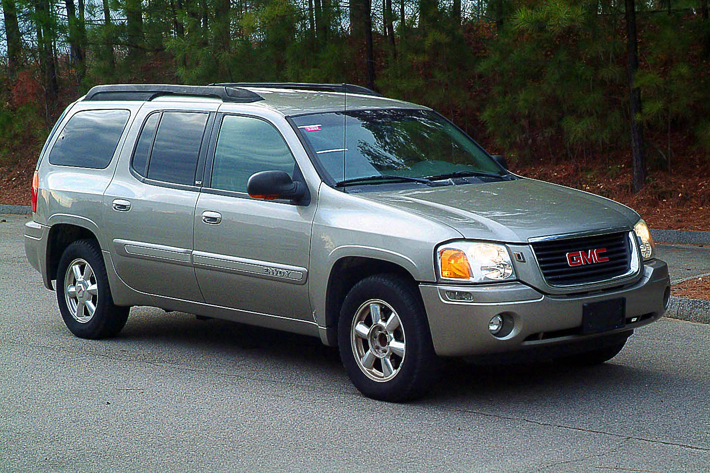 2003 gmc envoy xl information and photos momentcar. Black Bedroom Furniture Sets. Home Design Ideas