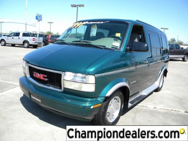 GMC Safari 2000 10