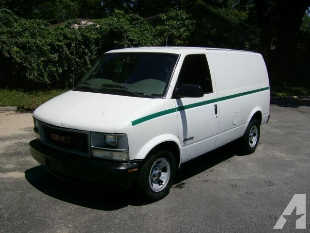 GMC Safari Cargo #4