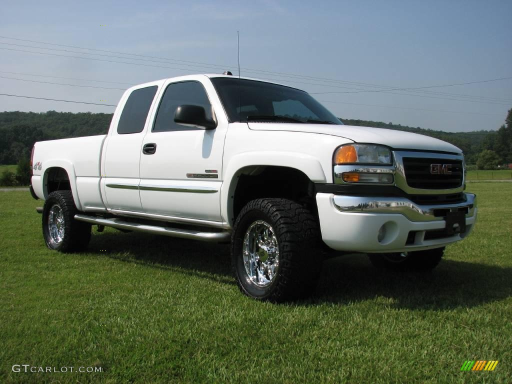 White 2004 Duramax >> 2004 GMC Sierra 2500HD - Information and photos - MOMENTcar