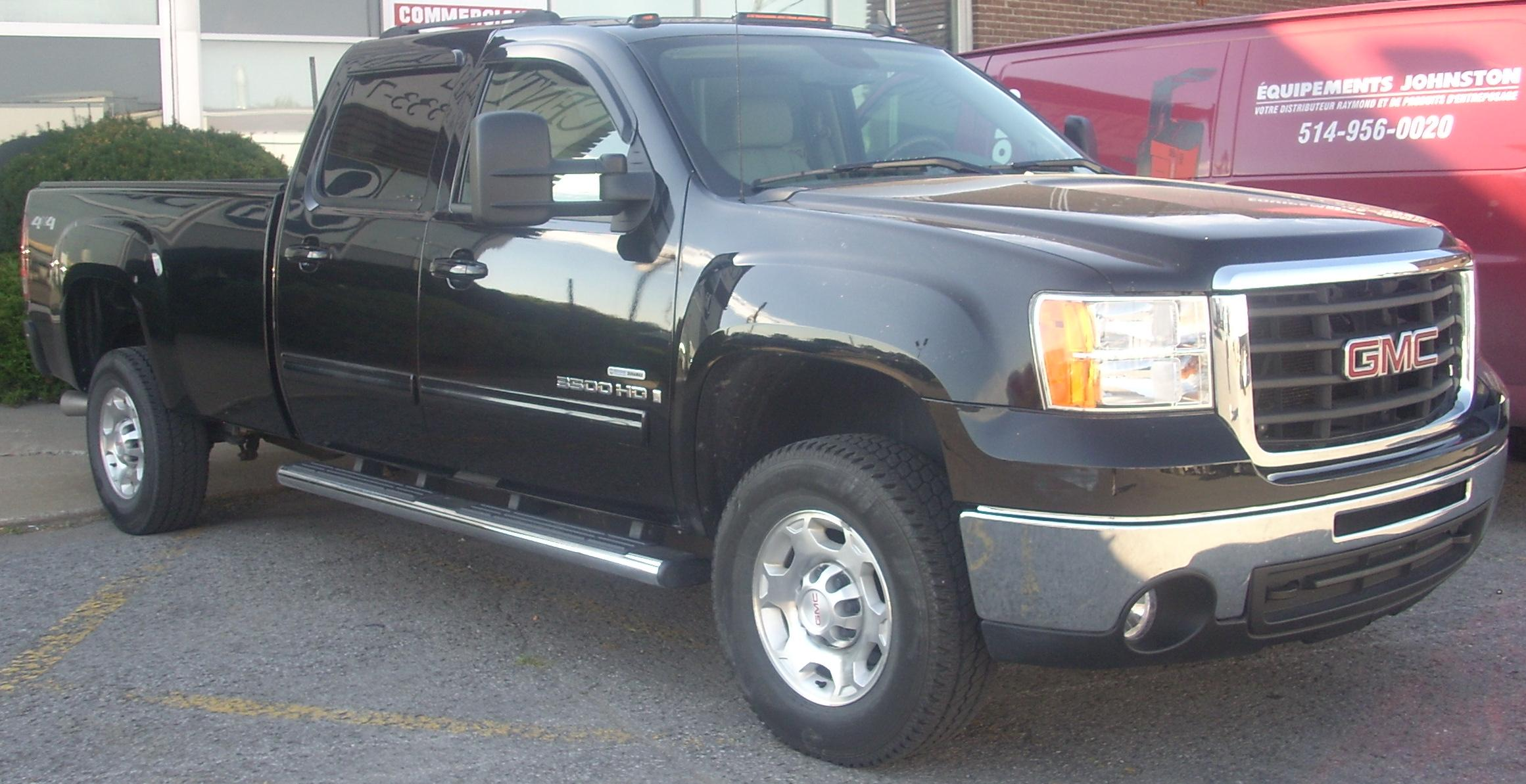 GMC Sierra 2500HD #18
