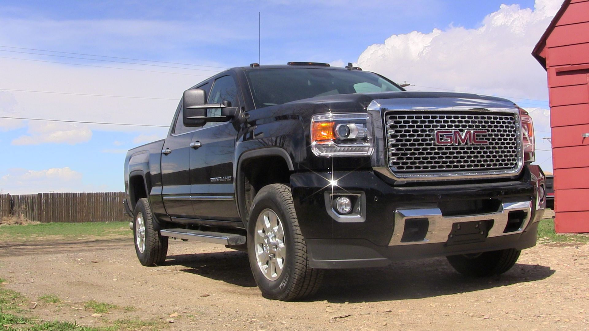 2015 GMC Sierra 3500HD - Information and photos - MOMENTcar