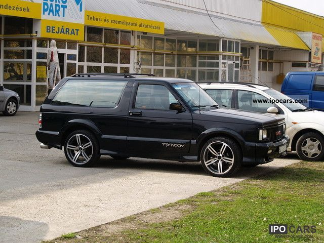 1992 GMC Typhoon - Information and photos - MOMENTcar