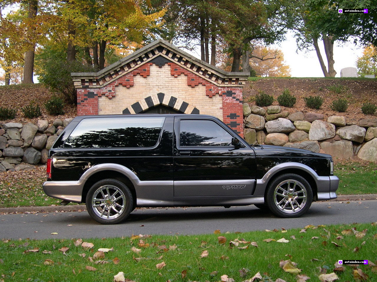 GMC Typhoon #9