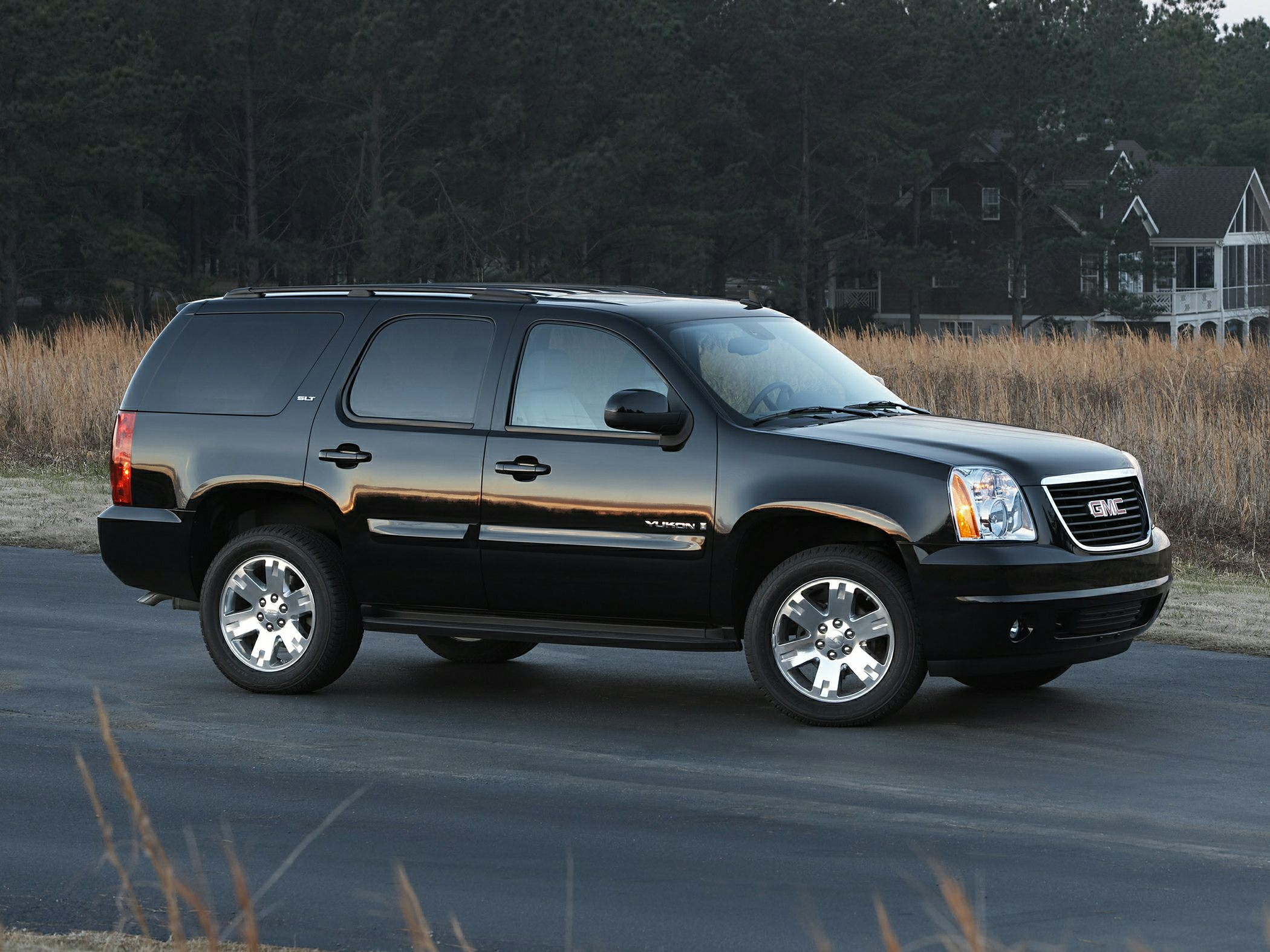 2014 gmc yukon information and photos momentcar. Black Bedroom Furniture Sets. Home Design Ideas