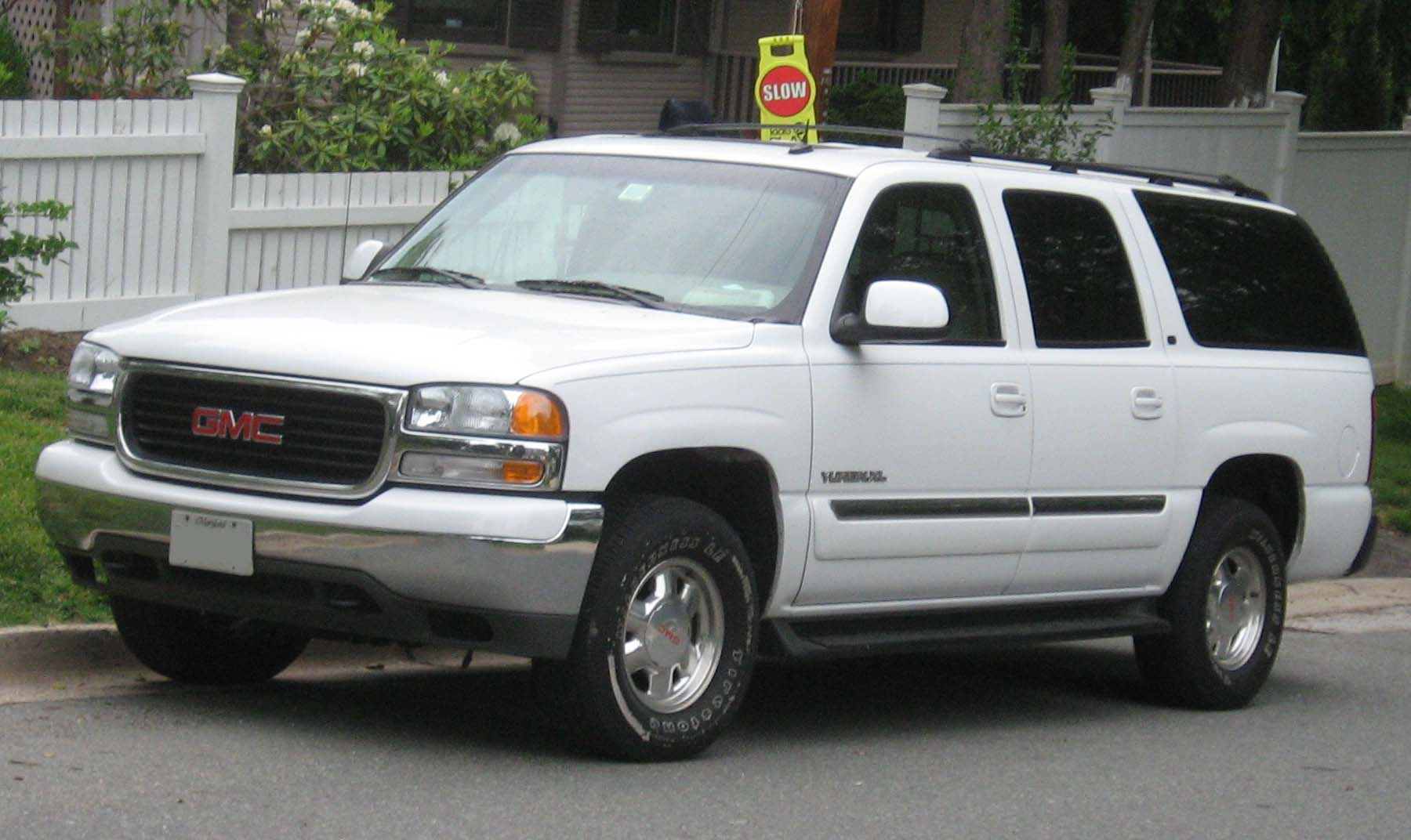 2000 gmc yukon xl information and photos momentcar. Black Bedroom Furniture Sets. Home Design Ideas